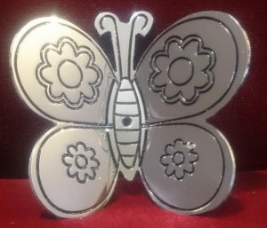 mariposa-decoracion-metal-cromado-alas-dobladas